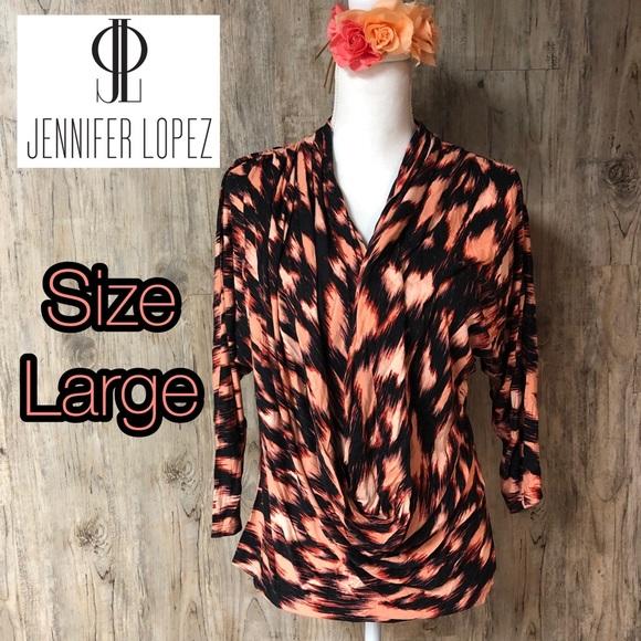 Jennifer Lopez Tops - Jennifer Lopez flowy half sleeve top